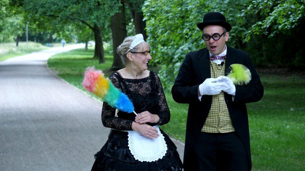 Butler Mortimer und Zofe Rose
